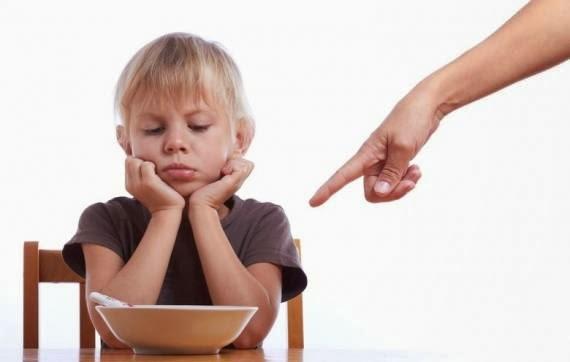 8 Expressões e frases que você não deve dizer ao seu filho